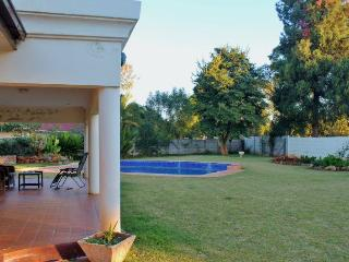 JULES SELF CONTAINED COTTAGE    MILTON PARK HARARE - Zimbabwe vacation rentals