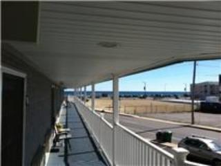 Nice Condo with Internet Access and Toaster - Hampton vacation rentals