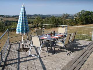 Charming Farmhouse Barn with Internet Access and Dishwasher - Najac vacation rentals