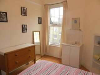 Comfy Single,Central London - London vacation rentals