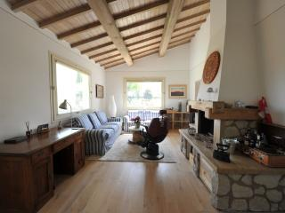 Nice House with Internet Access and Television - Larciano vacation rentals