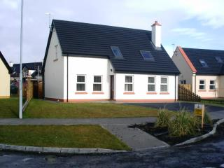 Spacious House with Satellite Or Cable TV and Cleaning Service - Louisburgh vacation rentals