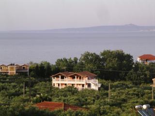 Beautiful 1 bedroom Apartment in Zakynthos - Zakynthos vacation rentals