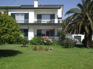 Cozy 3 bedroom Condo in Povoa de Varzim - Povoa de Varzim vacation rentals