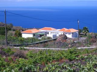 Cozy 3 bedroom Vacation Rental in Todoque - Todoque vacation rentals