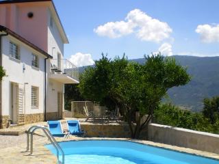 Gorgeous 3 bedroom Albanella Villa with A/C - Albanella vacation rentals