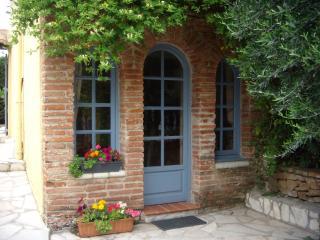 Mas Grandiflora- Petite Maison - Espira de l'Agly vacation rentals