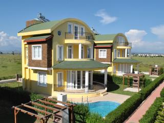 VILLA SUR - with fabulous swimming pool and garden - Belek vacation rentals
