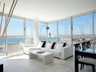 1410 - FRONT BEACH APARTMENT - Barcelona vacation rentals