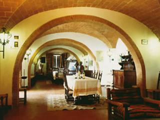 Villa Tristano Grande - Poggibonsi vacation rentals