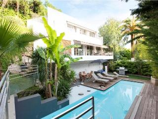 Villa Albert 6 Bedroom Cannes Home with a Pool and Terrace - Cannes vacation rentals
