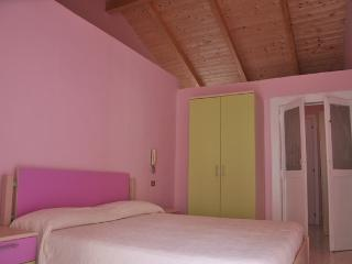 2 bedroom House with Internet Access in Caserta - Caserta vacation rentals