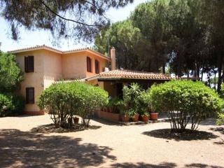 Villa Ortensia, every comfort - Santa Margherita di Pula vacation rentals