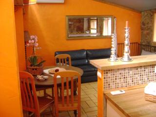 Romantic 1 bedroom Paderne House with Internet Access - Paderne vacation rentals
