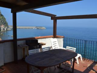 Casa Love Chianalea - Scilla vacation rentals