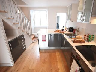 Nice 2 bedroom Cottage in Lyme Regis - Lyme Regis vacation rentals
