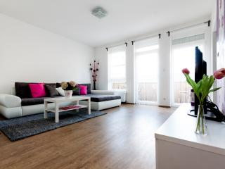 Grand Penthouse 3BR - Wifi/Balcony - 5 - Budapest vacation rentals