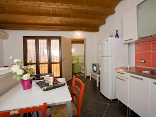 1 bedroom House with Short Breaks Allowed in Castellammare del Golfo - Castellammare del Golfo vacation rentals
