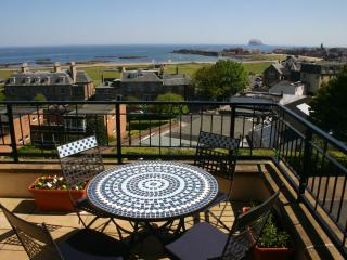 Comfortable 2 bedroom Condo in North Berwick with Deck - North Berwick vacation rentals