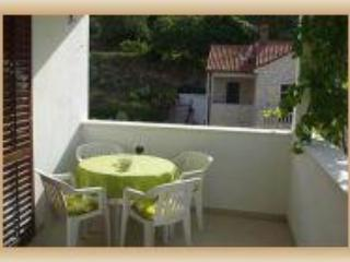 Beautiful Condo with Internet Access and A/C - Postira vacation rentals