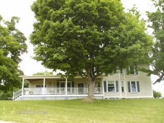 Beautiful B&B Rooms Overlooking Seneca Lake! - Penn Yan vacation rentals