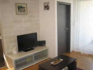 Beautiful 1 bedroom Apartment in Solin - Solin vacation rentals