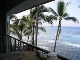 Oceanfront Kona Condos...At Water's Edge! - Honolulu vacation rentals