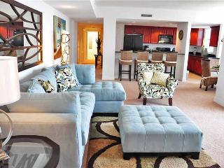 Beautiful Condo with Internet Access and A/C - Daytona Beach vacation rentals