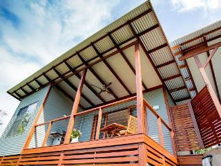 Lilypad Luxury Cabins Bellingen Ideal for Couples - Bellingen vacation rentals