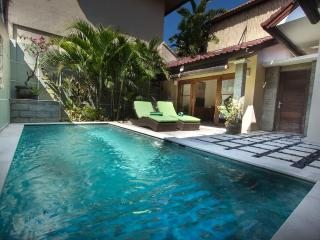 Villa Susan - Great Comfort 200m to Seminyak Beach - Seminyak vacation rentals