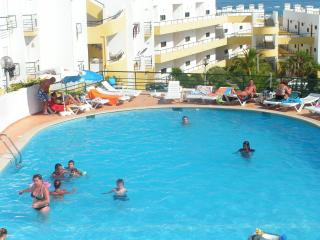 Apartament Studio with see view and pool in Meia Praia Lagos - Lagos vacation rentals