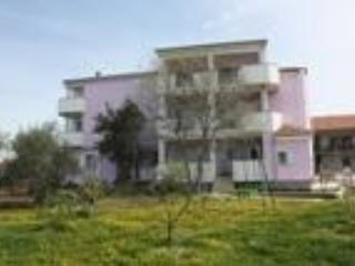 Nice 1 bedroom Condo in Zadar with Internet Access - Zadar vacation rentals