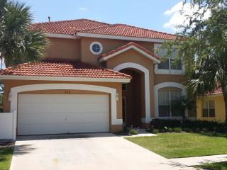 Stunning Luxury Villa with private Pooll!! - Davenport vacation rentals