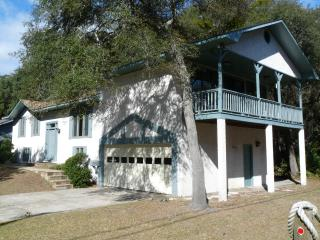 Sandpiper - Beach Is Just A Stroll Over The Dunes - Jekyll Island vacation rentals