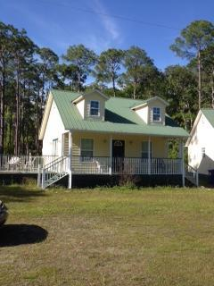Nice Cottage with Deck and Internet Access - Apalachicola vacation rentals