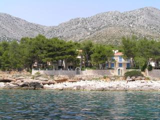 Arpina - Ivan Dolac vacation rentals