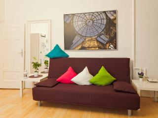 Apartment in Berlin City West, Char - Berlin vacation rentals