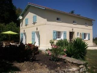 Bright 5 bedroom Gondrin House with Internet Access - Gondrin vacation rentals