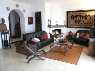 Charming 4 bedroom Vacation Rental in Salobrena - Salobrena vacation rentals