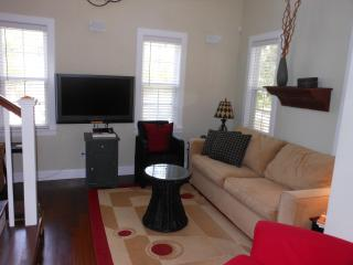Lovely House with Dishwasher and Short Breaks Allowed - Port Royal vacation rentals