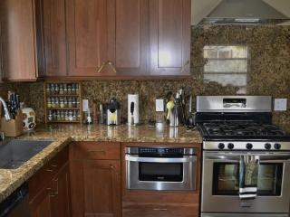 Relais in LA - Truly Your Home Away From Home - Los Angeles vacation rentals