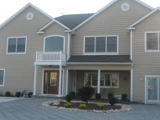 WATERFRONT PARADISE WITH POOL AND SPA! 4th of July Special!! - Mantoloking vacation rentals