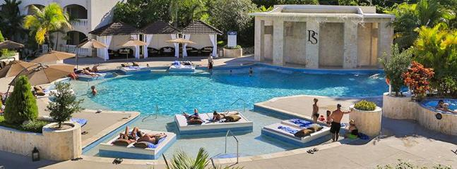 Pool - Luxurious Champagne Vacation at Beer Price - Puerto Plata - rentals