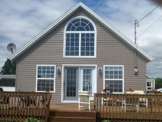 Chelton Sleep and Beach Cottage - Bedeque vacation rentals