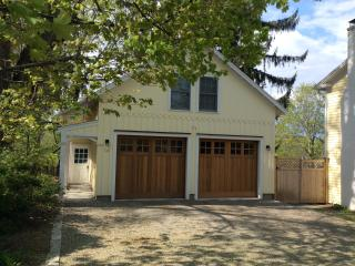 Cultural Playground 2 bed, 5 minutes to Tanglewood - Stockbridge vacation rentals