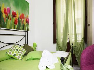 Apartments Trapani Centre - Trapani vacation rentals