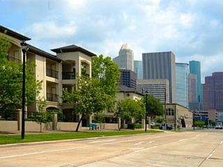 2 Bed 2 Bath Fully Furnished-Midtown-Walk Anywhere - Houston vacation rentals