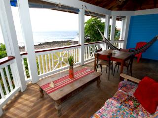 Blenny House A - OCEANFRONT - WEST END - VIEW - Roatan vacation rentals