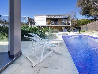 Perfect 5 bedroom Blairgowrie House with Deck - Blairgowrie vacation rentals