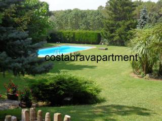La Rectoria, private pool. Max 12 people. 12kms to Costa Brava Beaches - Province of Girona vacation rentals